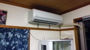 ガンダム部屋エアコン導入